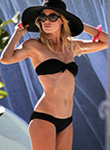Doutzen Kroes hot supermodel bikini body