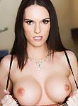 Jennifer Dark liberates her boobs from her dress