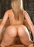 Alexis Texas takes off her dress and spreads